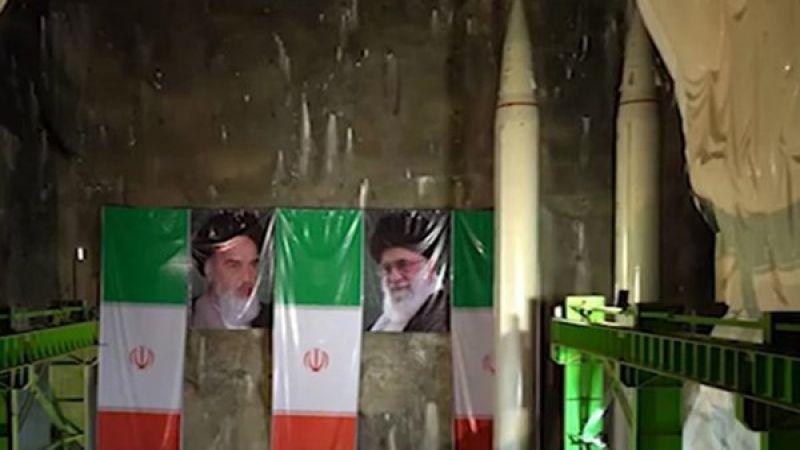 إيران تُزيح الستار عن منظومة صاروخية جديدة