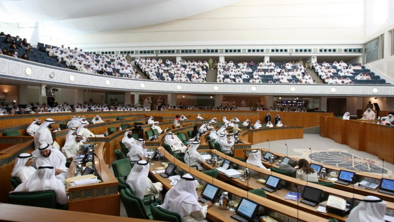"""الكويت: جدل حول تصويت مصابي """"كورونا"""" في انتخابات مجلس الأمة المرتقبة"""