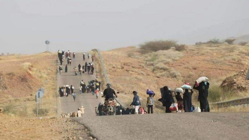 غارات العدوان السعودي مستمرة ونزوح الآلاف من مأرب