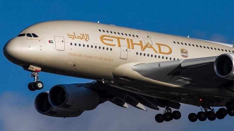 """الإمارات توثّق علاقتها بالعدو بإطلاق رحلات منتظمة إلى """"تل أبيب"""""""
