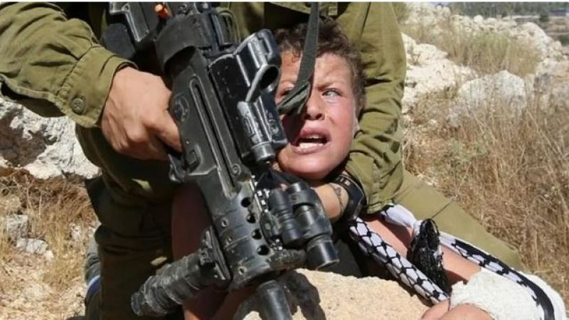 في اليوم العالمي للطفل.. أطفال فلسطين قيد الاعتقال