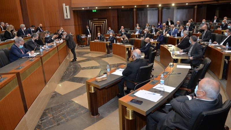حاكم مصرف لبنان يتهرّب من الجلسة النيابية المخصّصة لرفع الدعم