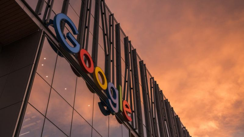 """""""غوغل"""" تهدد بحذف حسابات قبل العام الجديد"""