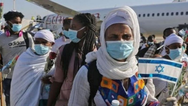 وصول 219 مهاجرًا يهوديًا من أثيوبيا الى الأراضي المحتلة