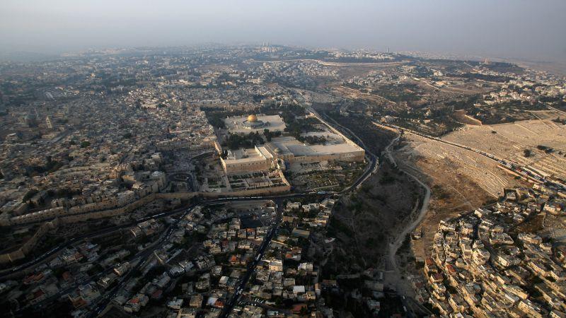 خطوة لطردهم.. شركة إسرائيلية تهدّد بقطع المياه عن 150 ألف مقدسي