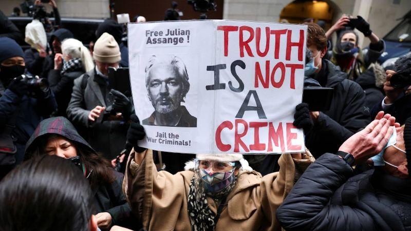 بريطانيا ترفض تسليم أسانج إلى أميركا