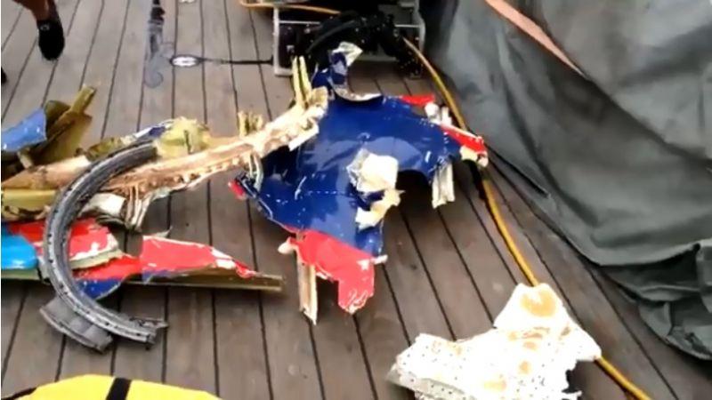 أندونيسيا تعلن تحطم الطائرة المنكوبة بشكل كامل