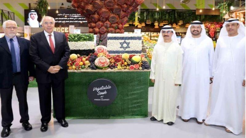 مزيد من الغرق في مستنقع التطبيع.. الإمارات تستقبل أول شحنة للمنتجات الصهيونية