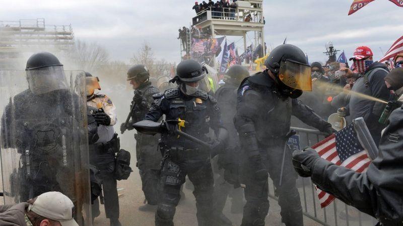 الانقسام بلغ أقصاه.. الولايات المتحدة تحت سطوة الإرهاب المحلي