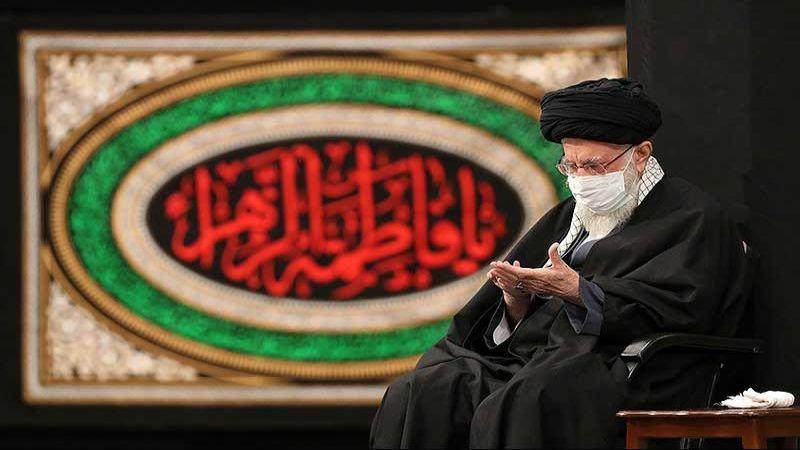 بالصور.. عزاء بذكرى استشهاد السيدة الزهراء (ع) بحضور الإمام الخامنئي
