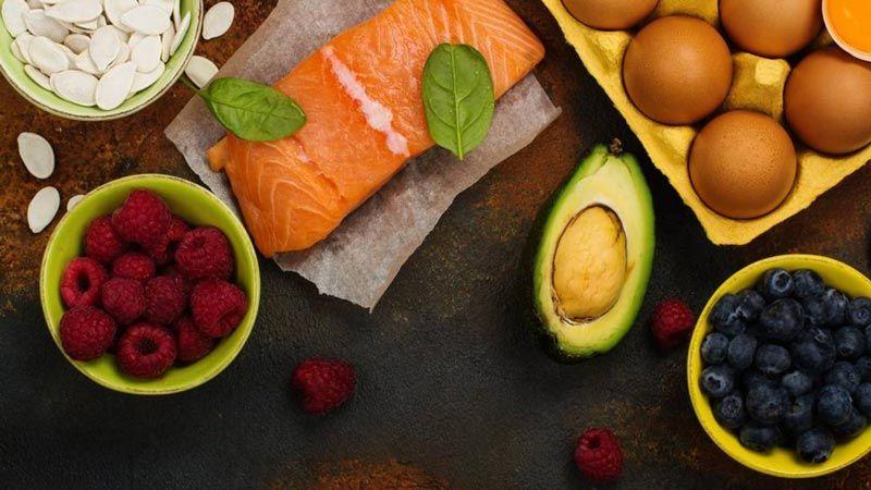 أطعمة تُحسّن المزاج وتخفض التوتر