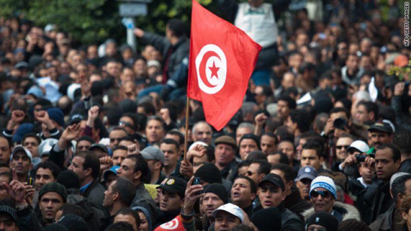 تونس: غضب شعبي وحصاد مرّ لسنوات من السياسات المتعثرة