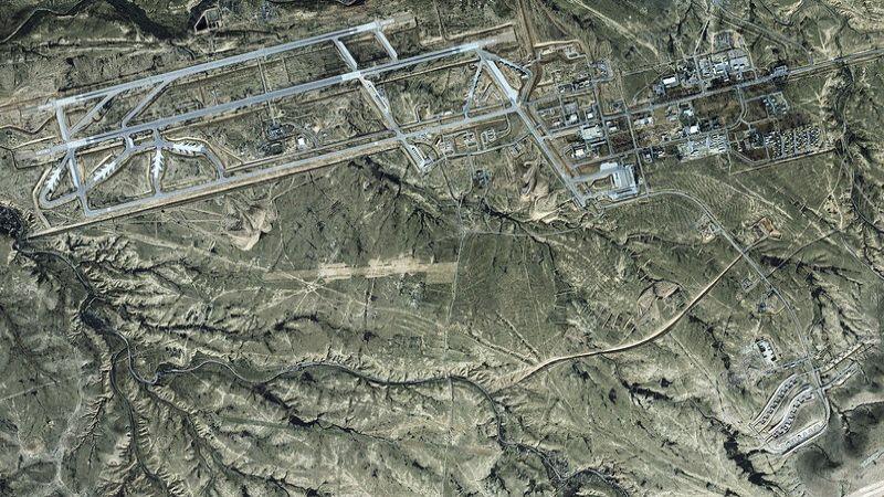 سارقٌ يستنفرجنود الاحتلال وشرطته وطائراتهفي قاعدةنفاتيم العسكرية