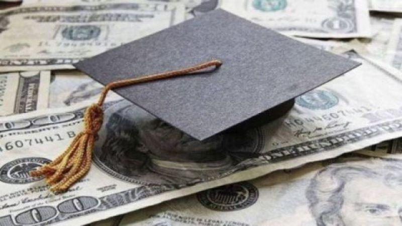 """الدولار الطالبي: المصارف لا تزال """"تتمرّد"""".. وسلامة فوق القانون"""