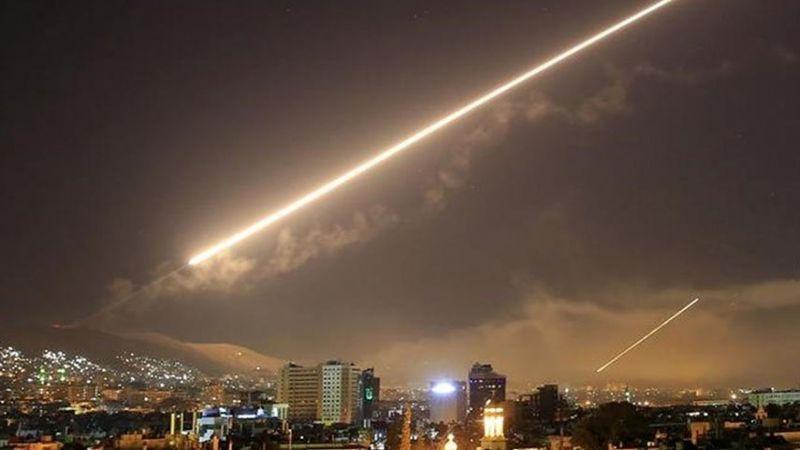 الدفاعات الجوية السورية تتصدى لعدوان صهيوني بالصواريخ في محيط دمشق