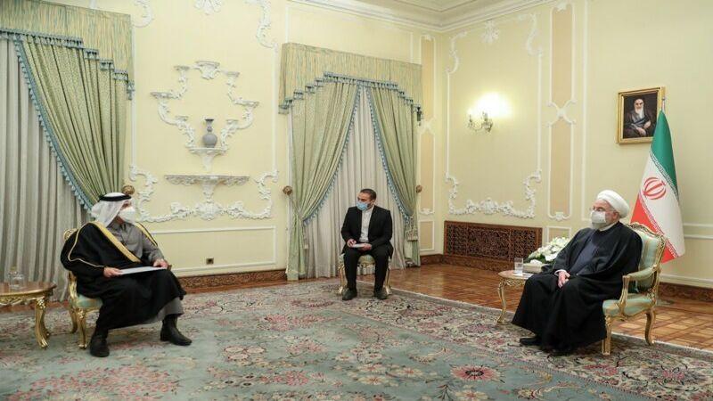 روحاني لوزير خارجية قطر: على بايدن التعويض لإيران عن أخطاء ترامب