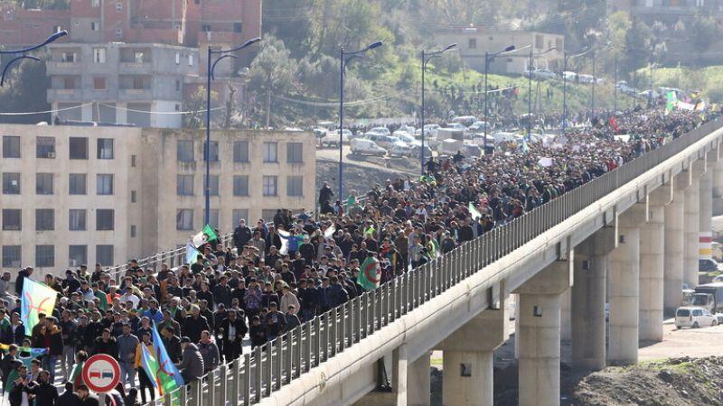 """الجزائر: إنطلاق مسيرة إحتجاجية حاشدة بذكرى """"الحراك"""""""