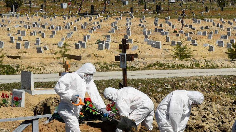 انخفاضٌ في وفيات كورونا وتخوُّفٌ من سلالاتٍ جديدة