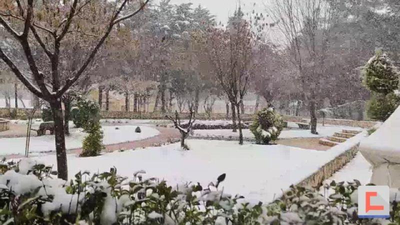 البقاع.. الثلوج تسيطر على المشهد