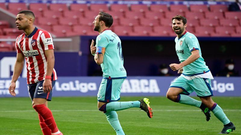 """ليفانتي يشغل """"الليغا"""" بفوزه على أتلتيكو مدريد"""