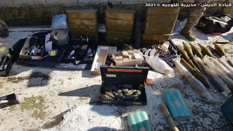 """ضبط كمية كبيرة من الذخائر والأسلحة داخل منزل و""""مخرطة"""" في تعلبايا وبر الياس"""