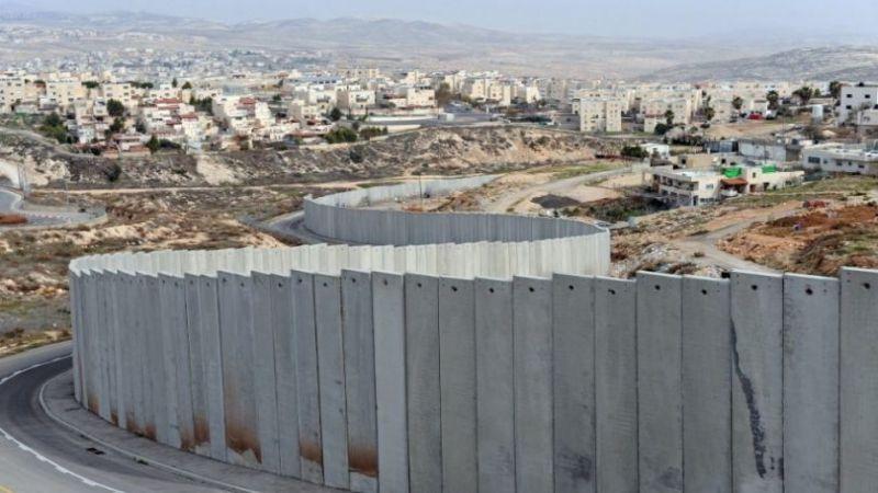 هجمة استيطانية تستهدف قرية الولجة الفلسطينية التاريخية