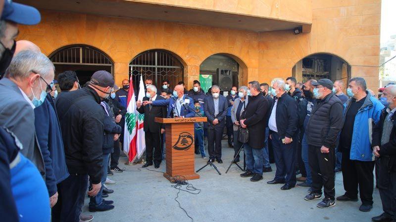 وقفة احتجاجية أمام بلدية برج البراجنة رفضا لجريمة قتل الشرطي إبراهيم