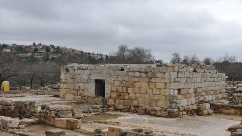 """جريمة صهيونية منظمة لتزييف تاريخ خربة """"سيلون"""" الفلسطينية"""