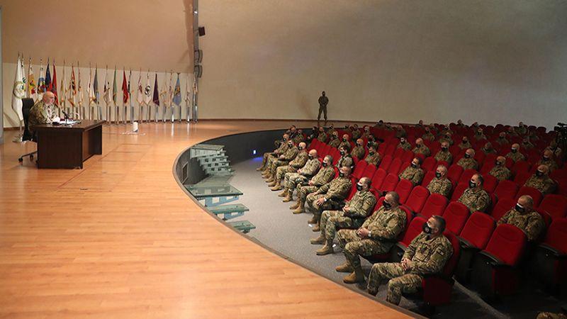 قائد الجيش: لن نسمح بالمس بالاستقرار والسلم الأهلي