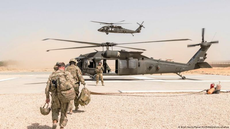 هل يسحب بايدن جنوده من أفغانستان أو يبقيهم؟