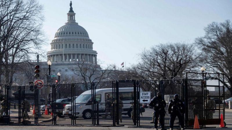 إغلاق مبنى الكابيتول جراء دهس شرطيين… وتحذيرات من تهديد أمني في واشنطن