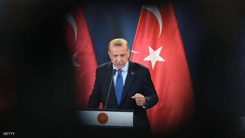 تركيا.. أردوغان يفتتح معركة الرئاسة بتموضع دولي - دستوري