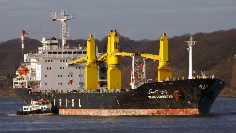 """مصدر أمريكي: """"اسرائيل"""" وراء الهجوم على السفينة الإيرانية في البحر الأحمر"""