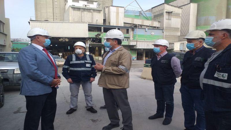 وزير الصناعة يجول على مقالع ومصانع شركات الترابة الوطنية
