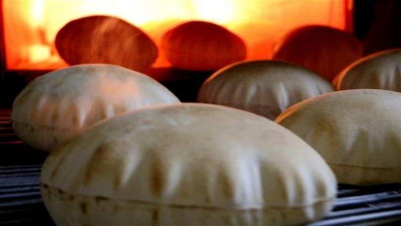 اعتباراً من يوم غد الجمعة .. حصر بيع الخبز في صالات الأفران والمخابز