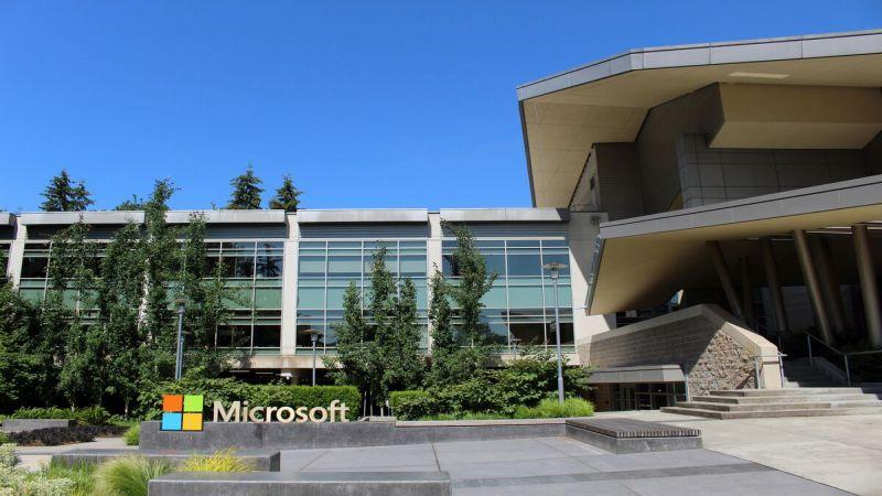 """""""مايكروسوفت"""" تطلق تحديثًا لـ""""ويندوز"""" يسمح بنقل ملفات بأحجام كبيرة"""