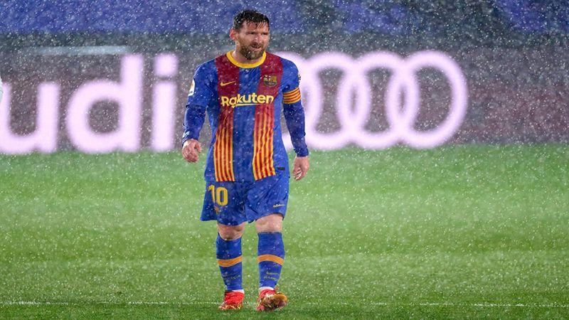 بعد هزيمة الكلاسيكو هل بات رحيل ميسي مؤكّد عن برشلونة ؟