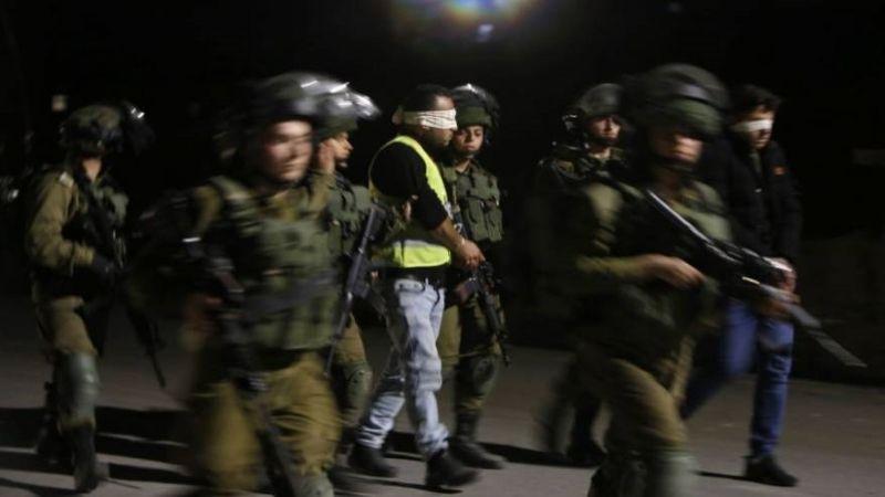 الاحتلال يعتقل 25 فلسطينيًا من الضفة