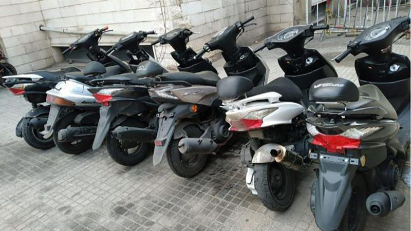عصابة سرقة دراجات آلية بقبضة القوى الأمنية