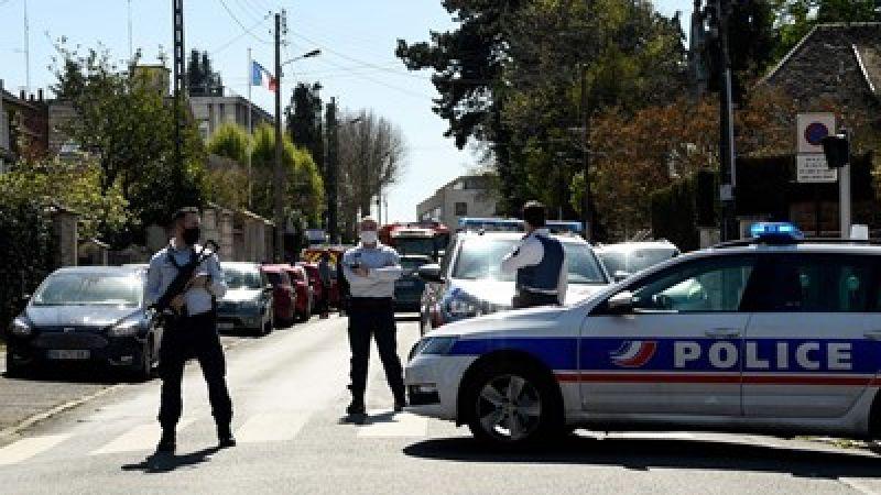 فرنسا: مقتل شرطية بعملية طعن قرب العاصمة باريس