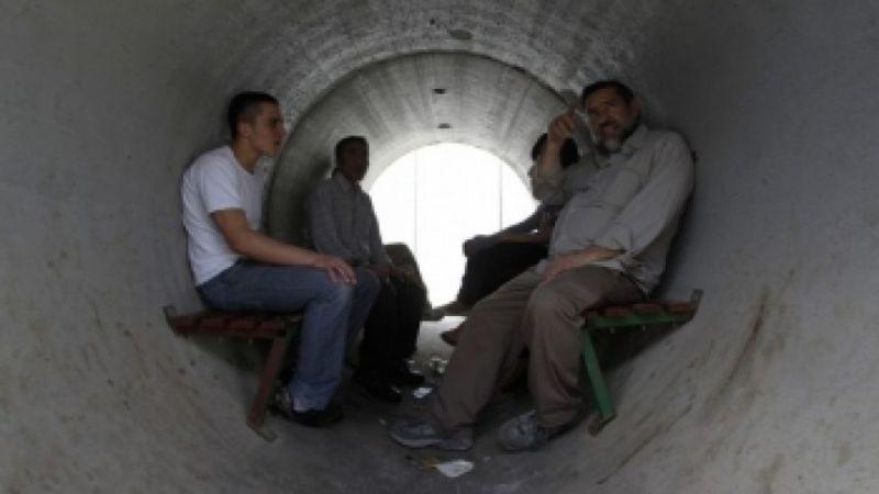 مستوطنو غلاف غزة محتجزون في الملاجئ