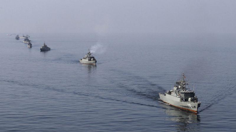 البنتاغون: زوارق الحرس الثوري نفذت مناورة أمام السفن الأمريكية في مضيق هرمز