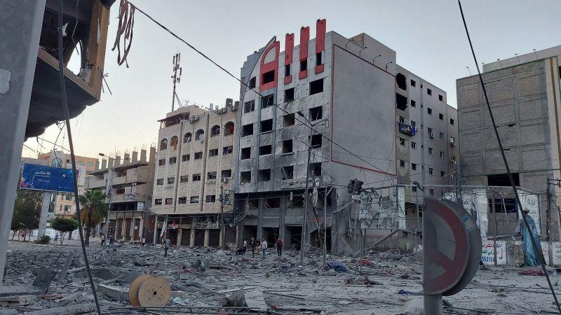 35 شهيدًا في غزة.. الإحتلال يشن عشرات الغارات العنيفة والمقاومة تقصف مستوطنات الإحتلال بالصواريخ