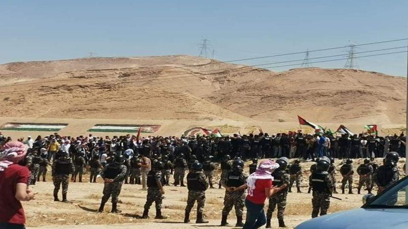 بالصور والفيديو: الأردنيون يزحفون الى الحدود الفلسطينية لنصرة القدس