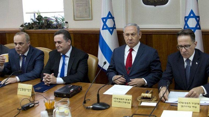 """قرار """"الكابينت"""" بوقف إطلاق النار مع غزة يُحرج حكومة نتنياهو"""