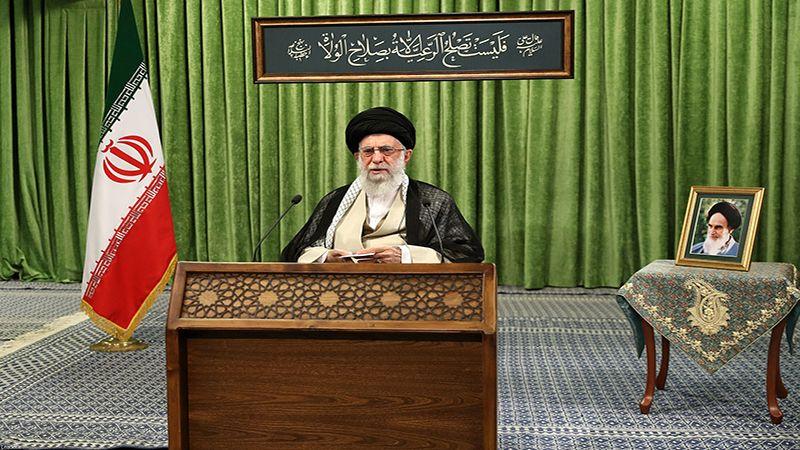 الإمام الخامنئي للشعب الإيراني: المحرِّضون على مقاطعة الانتخابات لا يهتمّون لأمركم