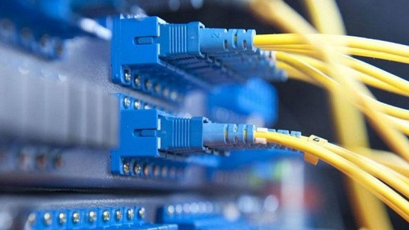 لبنان: الاتصالات وخدمات الانترنت رهن الفيول