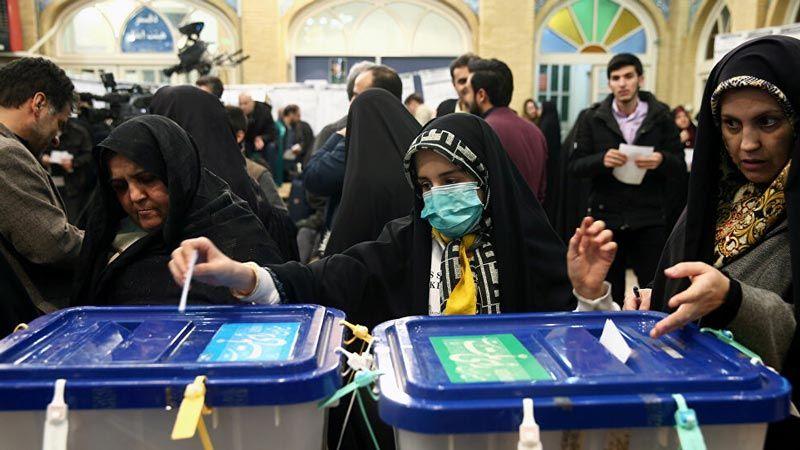 قبيل اعلان النتائج الرسمية.. مرشحو الرئاسة يباركون للسيد رئيسي فوزه