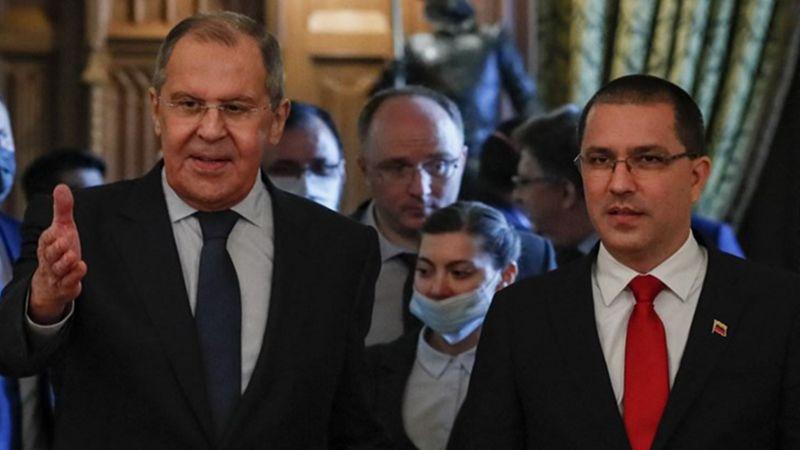 روسيا تعتزم تعزيز قدرة فنزويلا الدفاعية