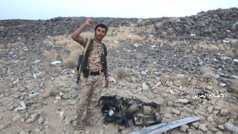 """بالفيديو: حطام طائرتي """"سكان إيغل"""" الأمريكية.. من سماء مأرب إلى أرضها"""